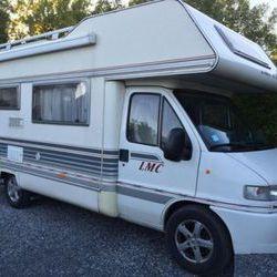 A donner un Camping car Fiat Ducato lmc Diesel
