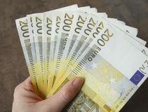 Emprunter de l'argent en toute sécurité sans passer par une banque : c