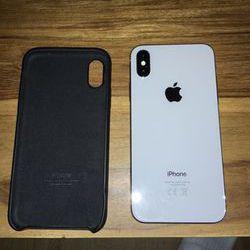 Vends iPhone X 256 GO silver avec boîte d'origine et chargeur
